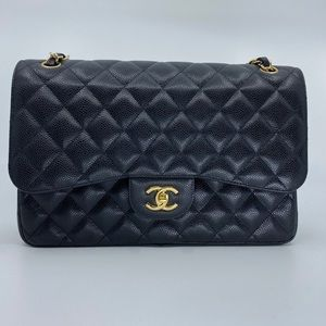 CHANEL Classic Jumbo Double Flap in Caviar GHW
